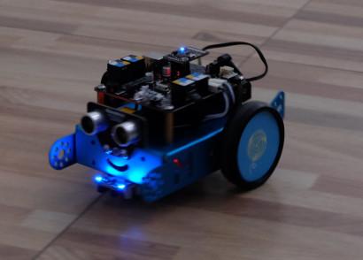 b664c-robot